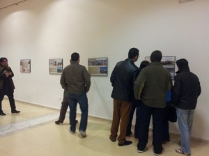 Los asistentes a la conferencia pudieron visitar la exposición de la Casa de Cultura