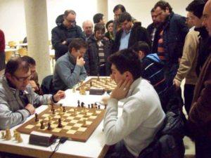 Público presenciando la sexta y última ronda del torneo