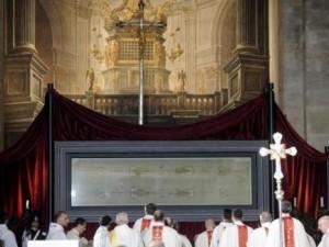 La Síndone o Sábana Santa de Turín, en ostensión pública durante esta primavera